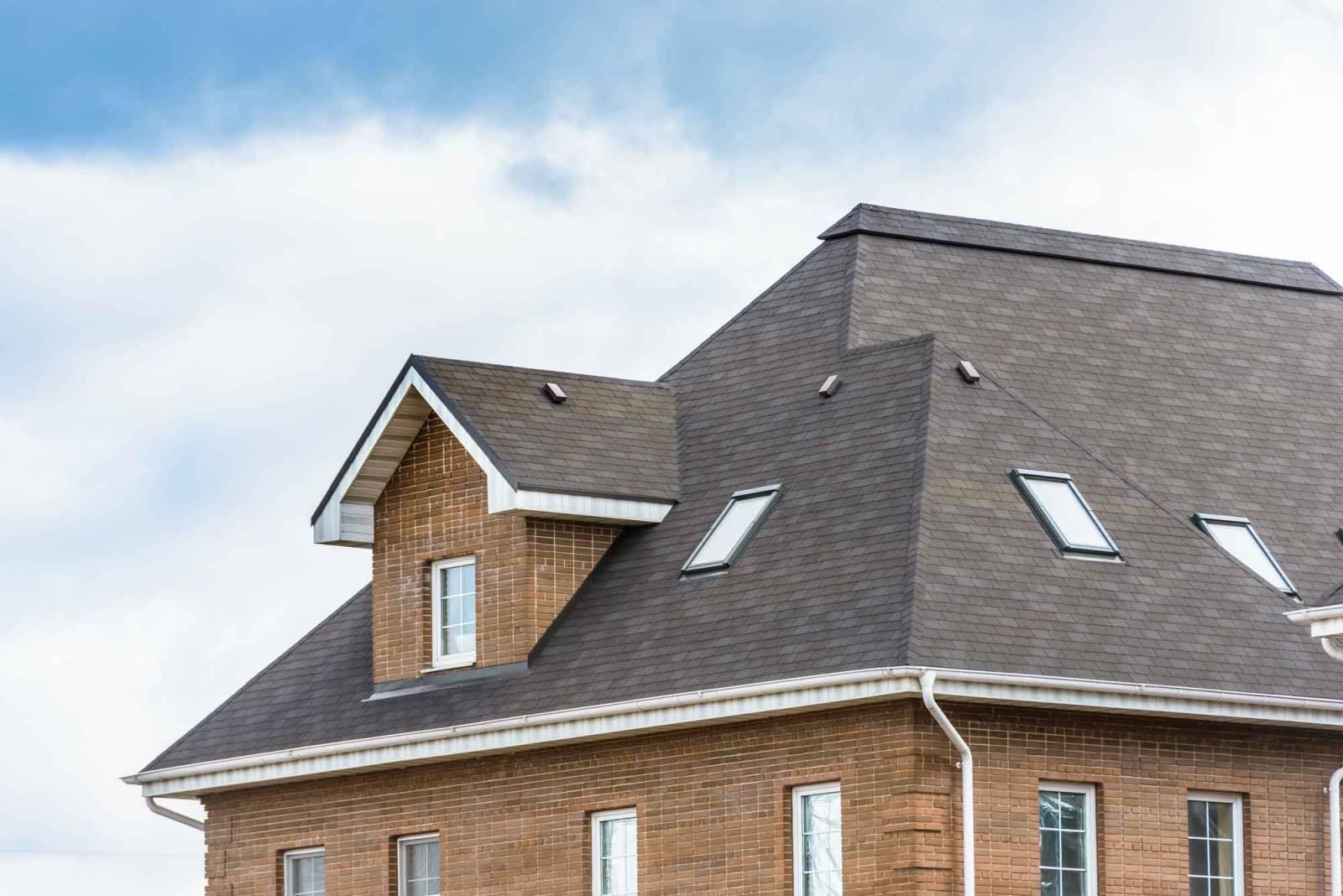 couvreur pour r novation de toiture sur marseille 13010 cap toitures. Black Bedroom Furniture Sets. Home Design Ideas